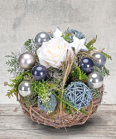 weihnachtsgestecke vom blumen und geschenkeversand valentins valentins blumenversand. Black Bedroom Furniture Sets. Home Design Ideas