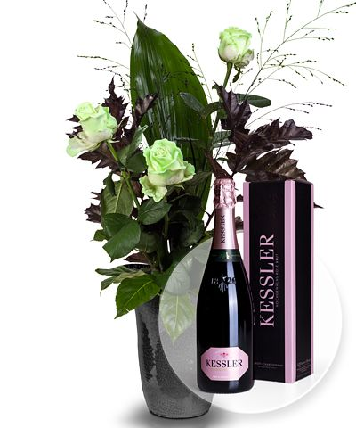 3 Rosen - Glowing in the Dark und Kessler Rose Sekt