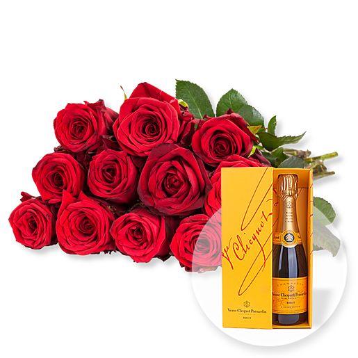 12 rote Fairtrade-Rosen und Champagner Veuve Clicquot