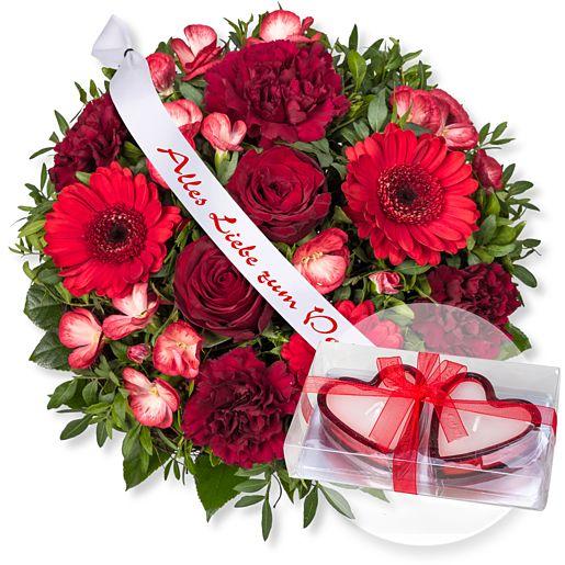 Glücksgefühl und Schleife: Alles Liebe zum Valentinstag! und Herzkerzen in Geschenkpackung